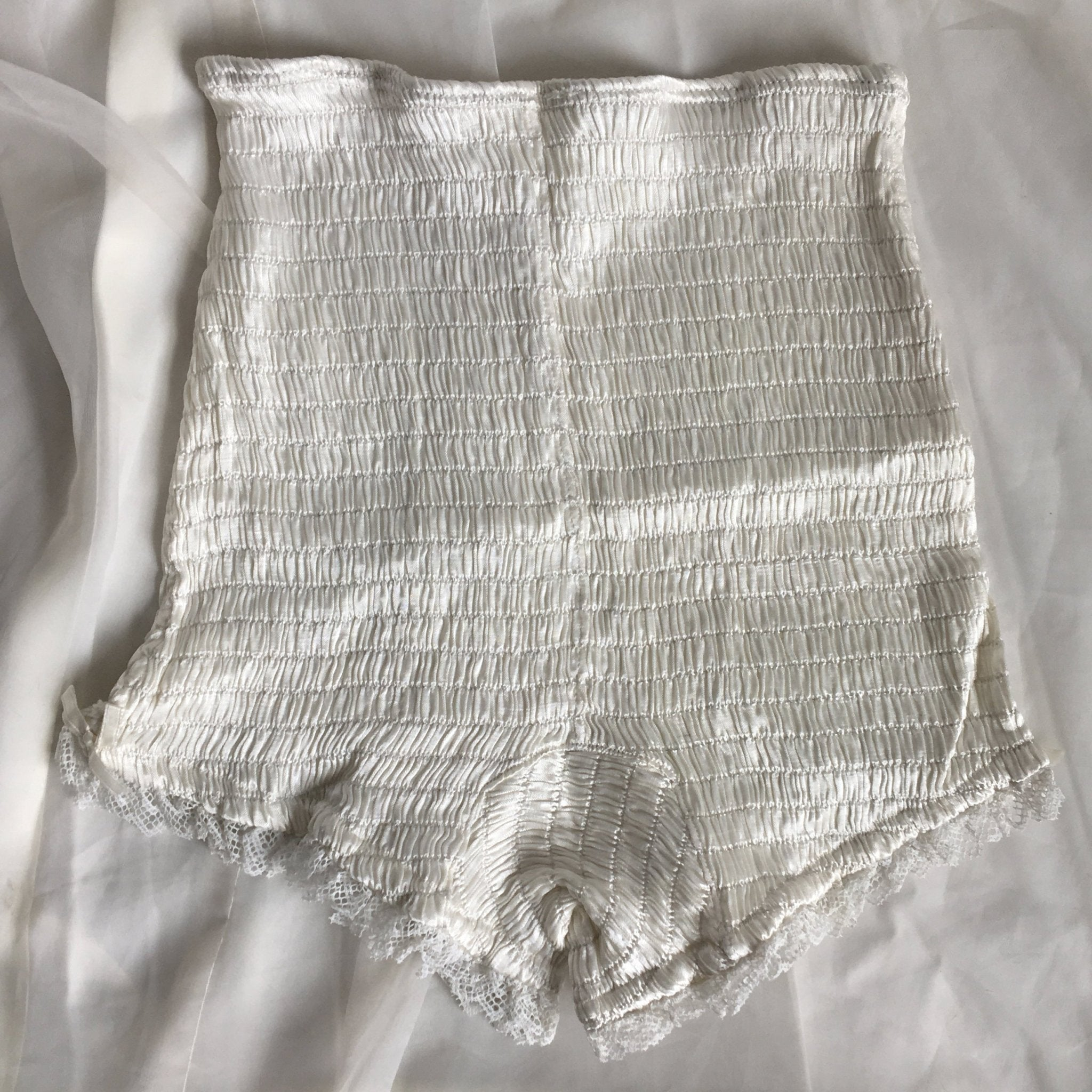 Vintage 1940's Girdle Panties | Ruched White Rayon Satin with Cotton Lace & Bows | Mabs Bitsies | Size XXS, XS - Daggers & Dames