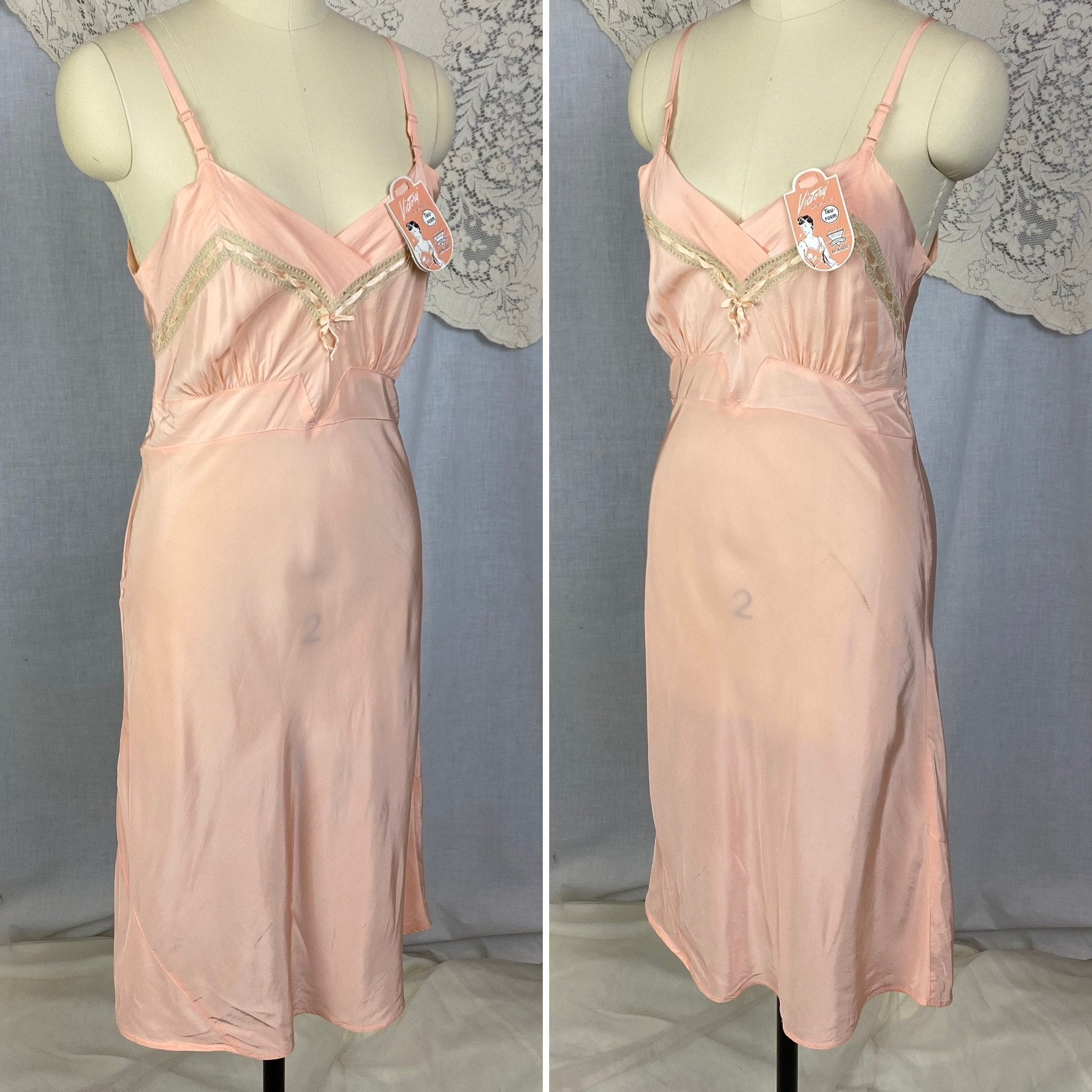 Vintage 1940's Slip | Rich Blush Pink Rayon with Nude Lace | Size 34 Bust, S | Tru-Form, New with Tags - Daggers & Dames