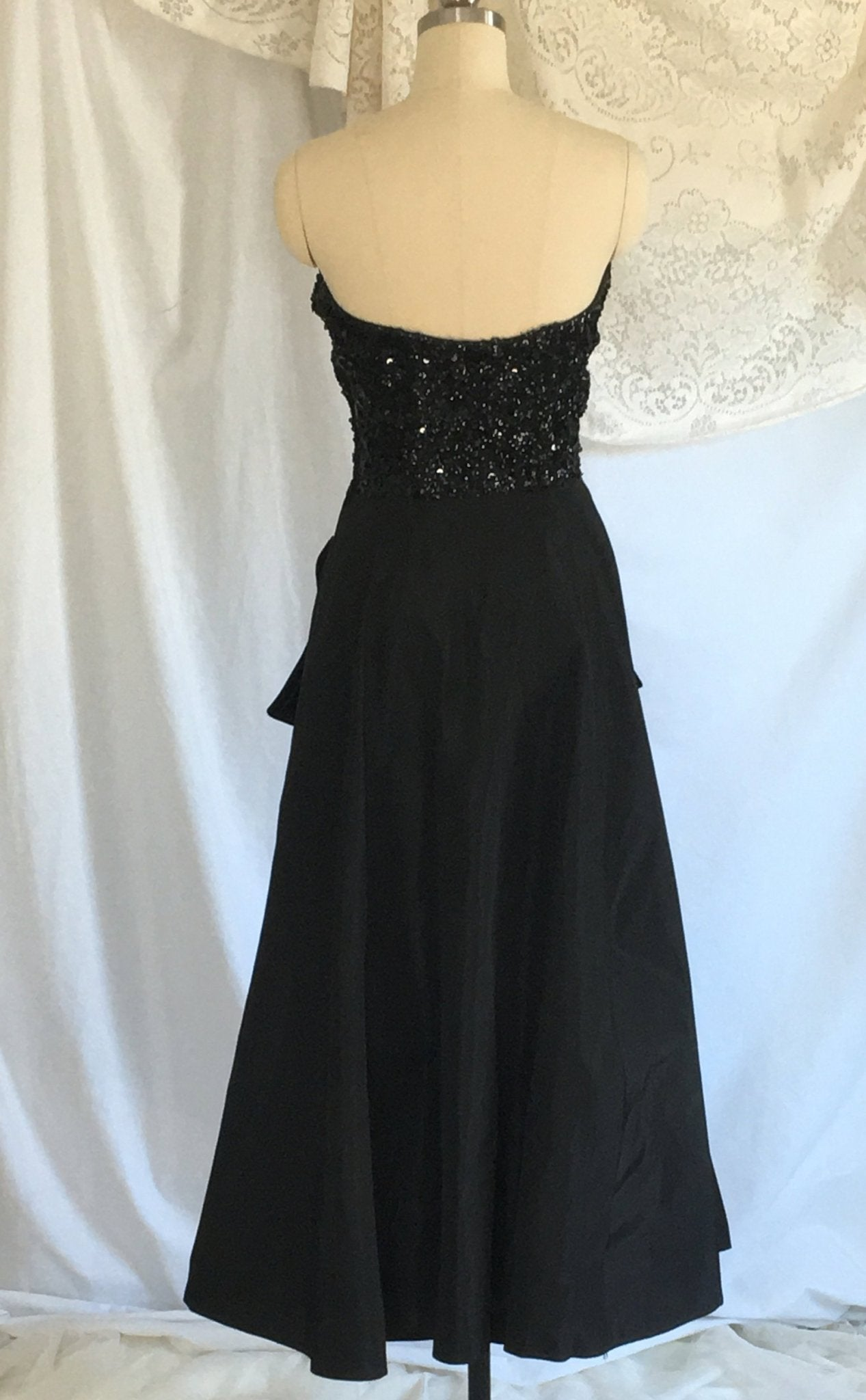 Vintage 1940s's Dress | Black Sequined Bodice &Taffeta | Strapless Evening Gown | Prom Dress | Jack Herzog | Size XS - Daggers & Dames