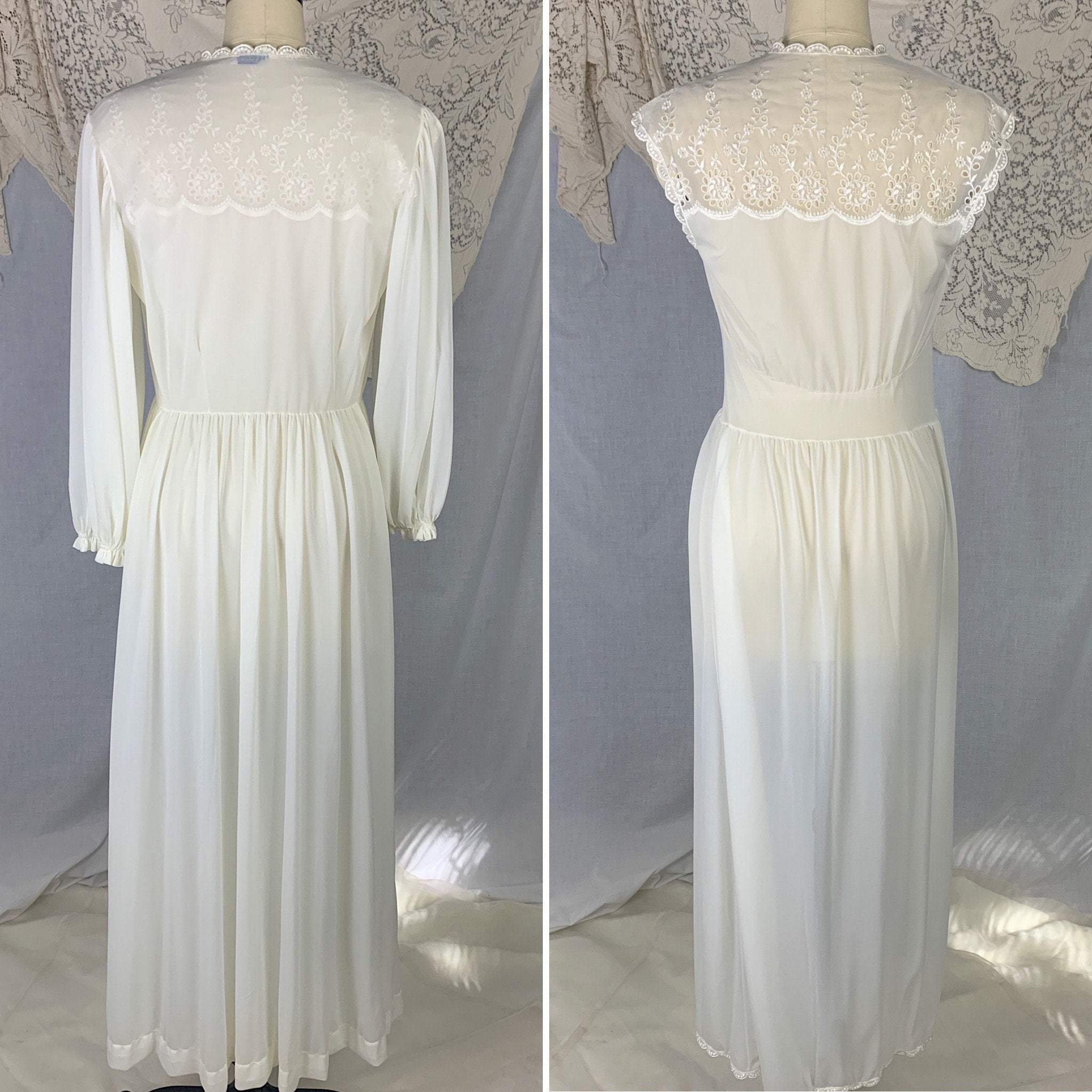Vintage 1950's Peignoir Set | White Nylon with Floral Eyelet Embroidered Chiffon | Size S | Radcliffe - Daggers & Dames