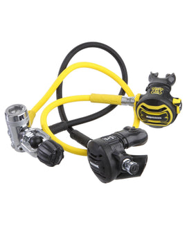 Apeks XTX50 Plus XTX40 Regulator Set International A Clamp