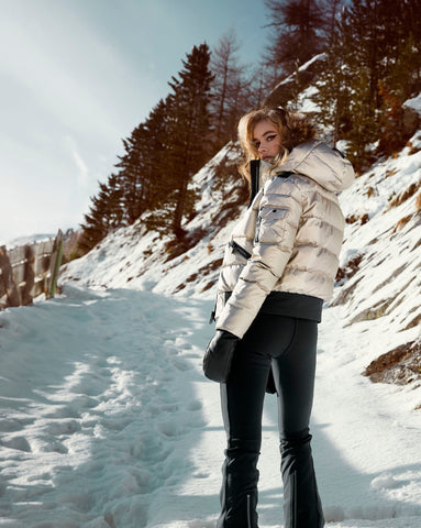 Top 10 Simply Hike Gifts to give this Christmas - Goldbergh Womens Nuvola Jacket