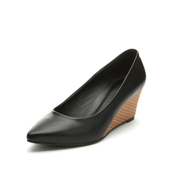 Darby Pointy Wedges