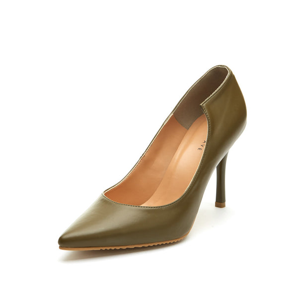 Scarlett Pointed Toe Pumps