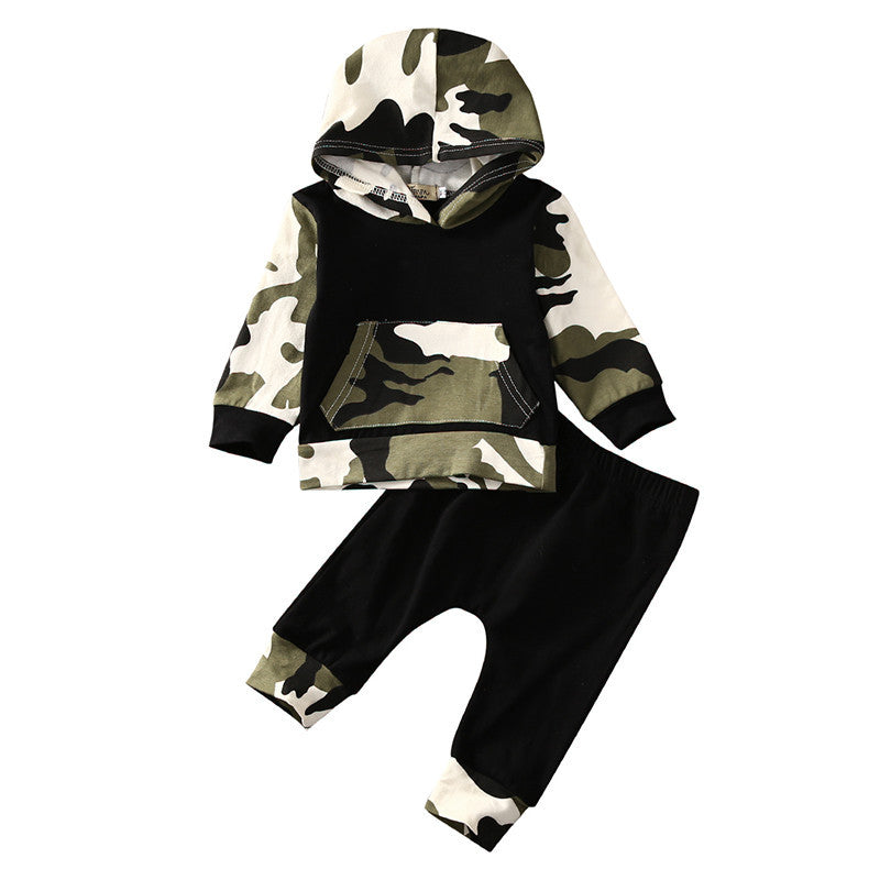 ada27ef51d17 Camo Hoodie Outfit – ELBY