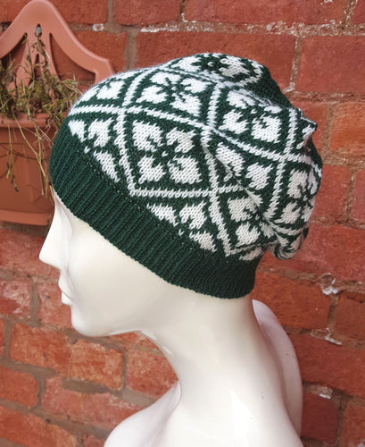 Bottle green ski hat