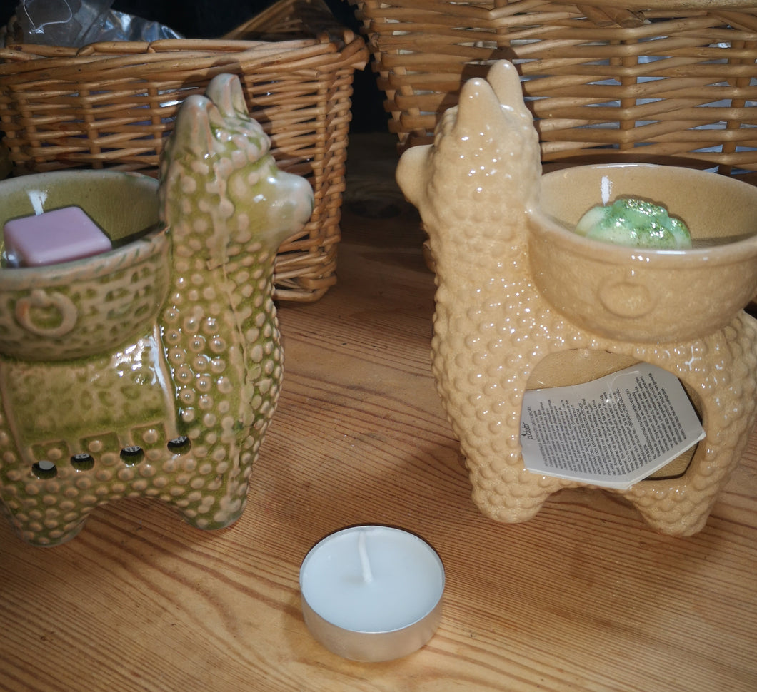 Ceramic wax burners, llama shaped