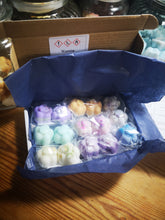 Wax melts sample boxes  2 options, highly fragranced  soy wax melts