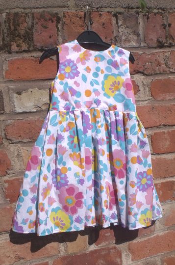 Handmade, girls dress, Polycotton floral print, size to fit age 5 approx