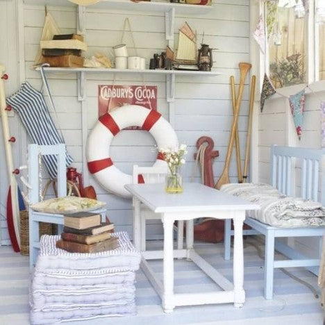 Beach Hut Chic: Nautical but Nice