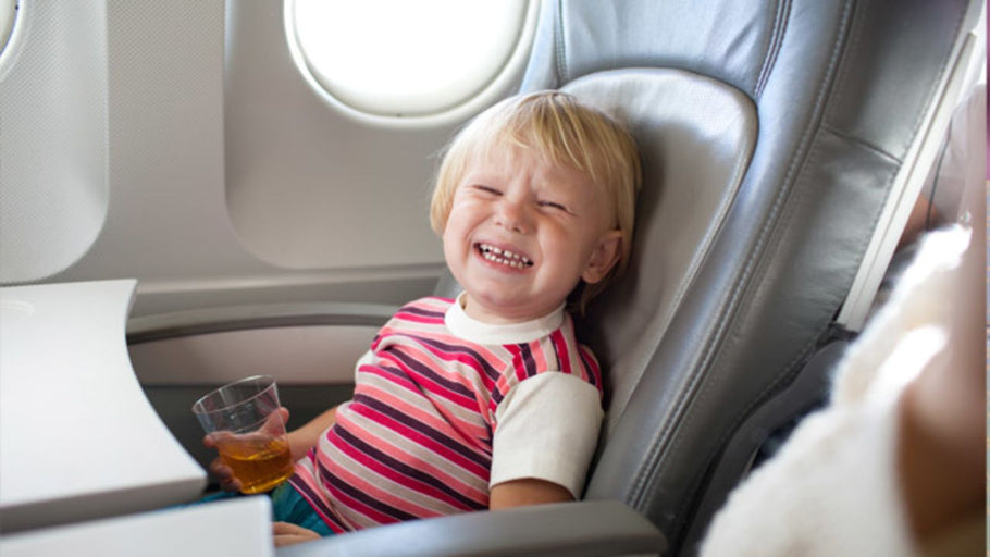 How to Help Your Older Kids to Sleep On A Plane