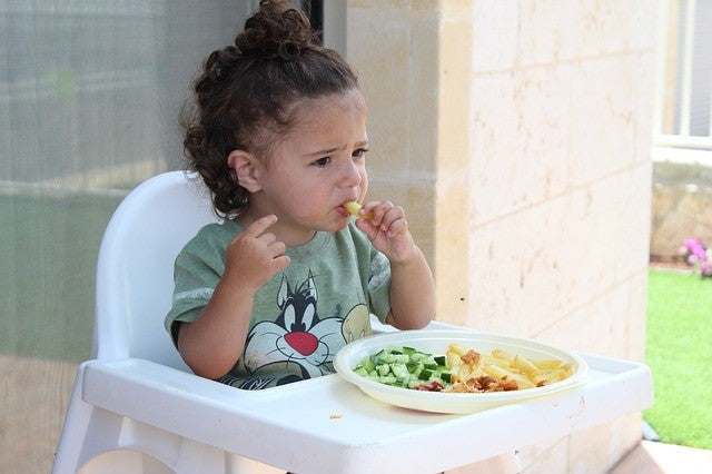 Battling Broccoli: How to Create Healthy Eating Habits in Toddlers