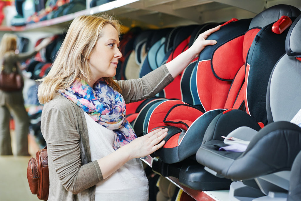 Minimalism For Moms: What Are Baby Registry Must Haves