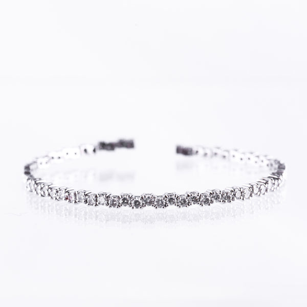 Tennis Bracelet in White Gold