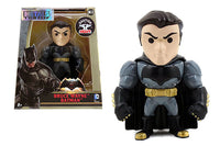Batman v Superman - Bruce Wayne Batman Figure - 4