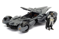 Batmobile™ Batman vs Superman™ & Batman™ Figure 1/24, Diecast Model Car, Black 98034 Jada