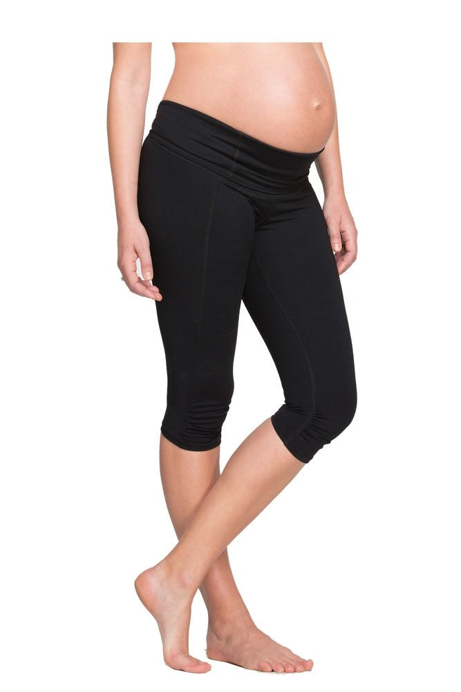 Ingrid & Isabel Active Knee Length Maternity Pant - Jet Black - L