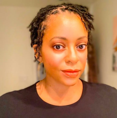 Afrocenchix different stages of locs: Black woman with short baby stage of locs from Instagram @merylajohnson