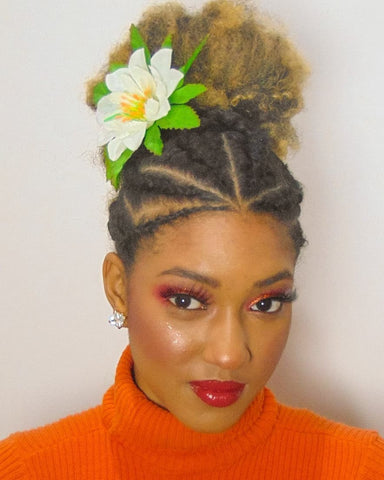instagram afrodedeus: afro with florals, flower hairstyles