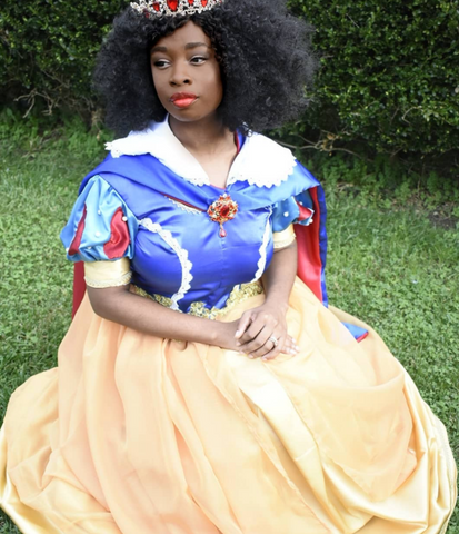kiasangriany from Instagram with Snow White hairstyle, Disney hairstyles for natural hair Afrocenchix Article