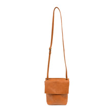 Load image into Gallery viewer, aimee crossbody in saddle extended view
