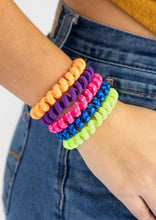 Load image into Gallery viewer, Rainbow Barcelona Bands Paracord