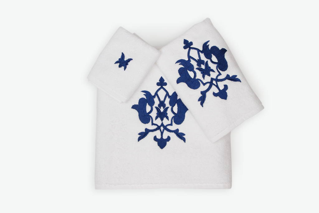 Turkish organic cotton towels are best-suited to be embroidered towels