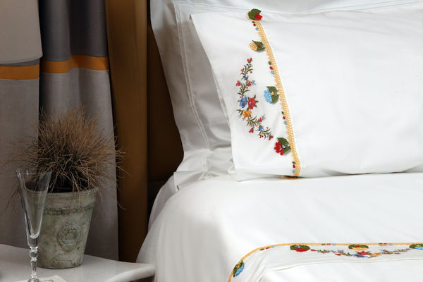 Red Daisy Handmade Needle Lace Duvet Cover Set