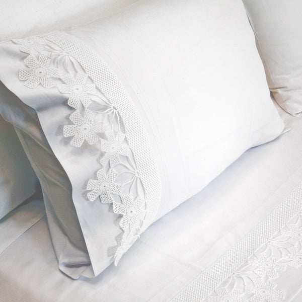 white daisy crochet Duvet Cover Set