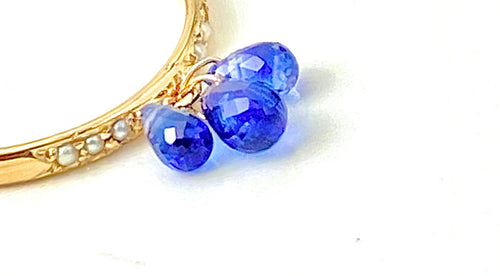 Pearl Pave and Blue Sapphire Drop Gold Ring / 4.0 Carats