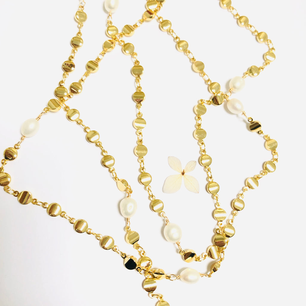 Pearl and Gold Long Versatile Necklace