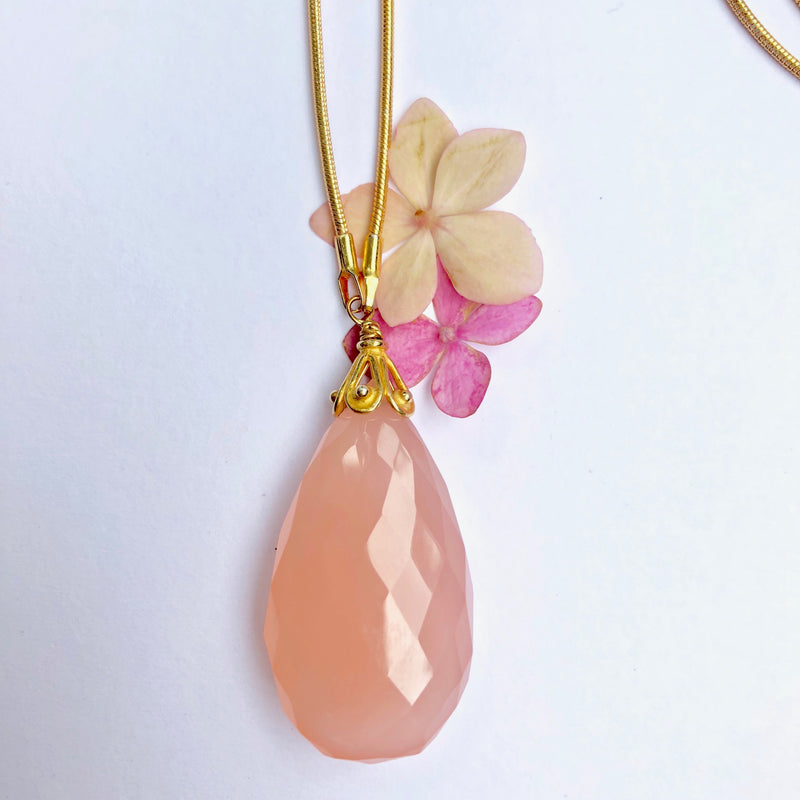 Pink Chalcedoney Gold Necklace
