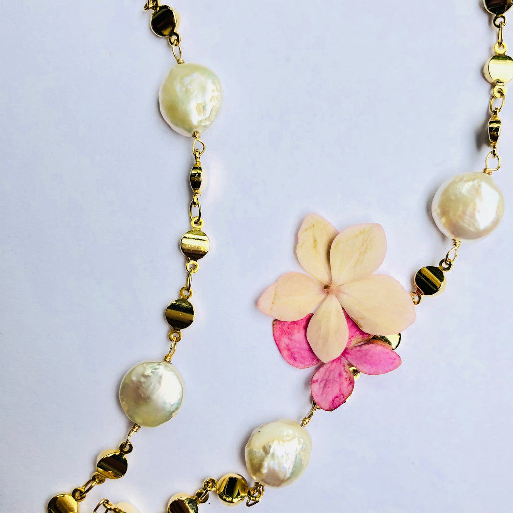 Pearl and Gold dot Chain Necklace