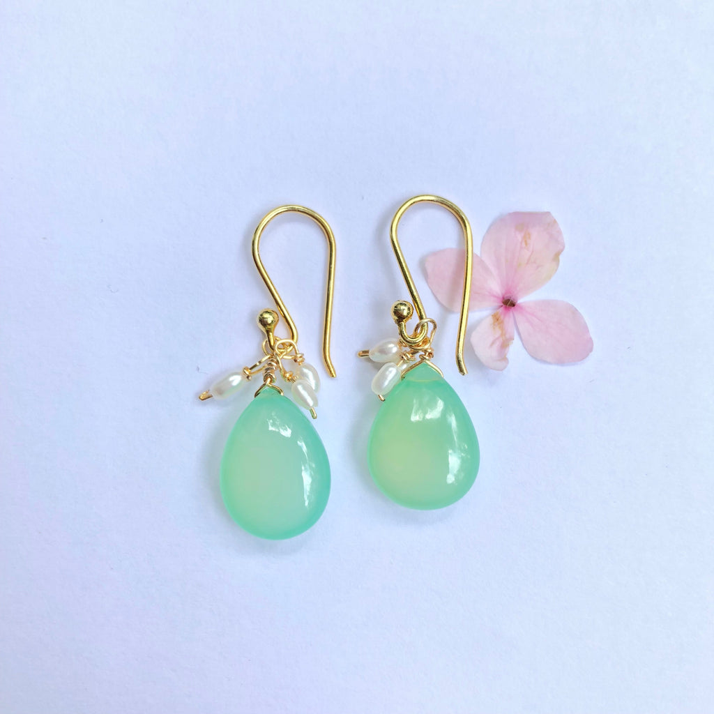 Aqua Chalcedoney and Pearl Gold Earring