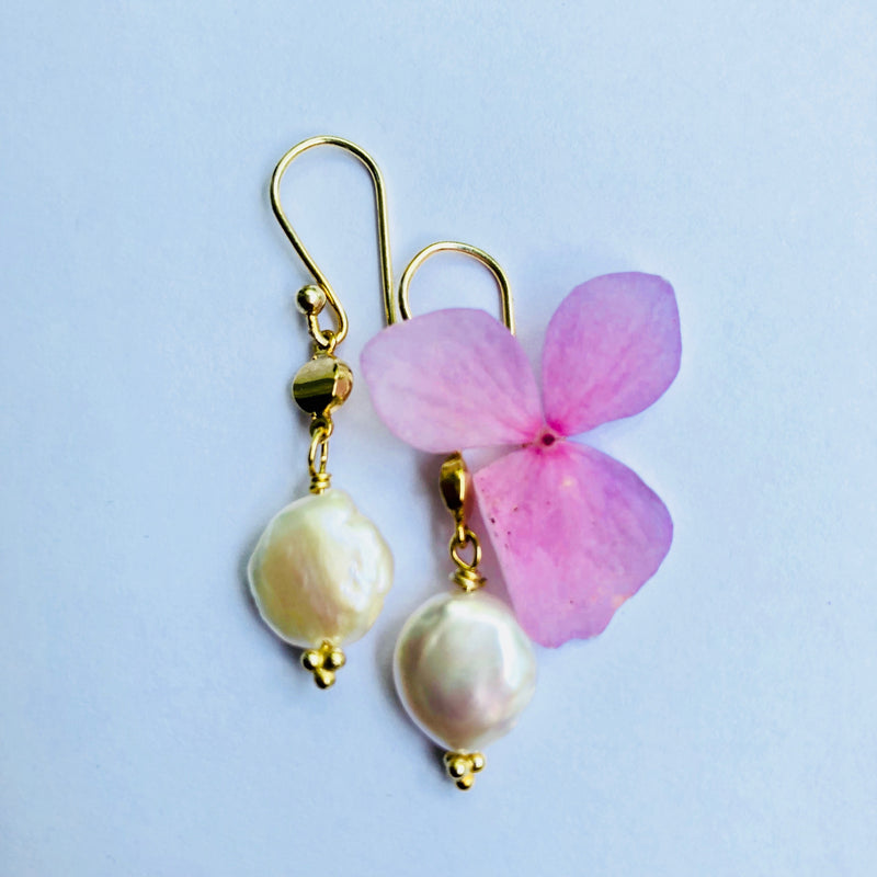 Pearl Drop Everyday Gold Earring
