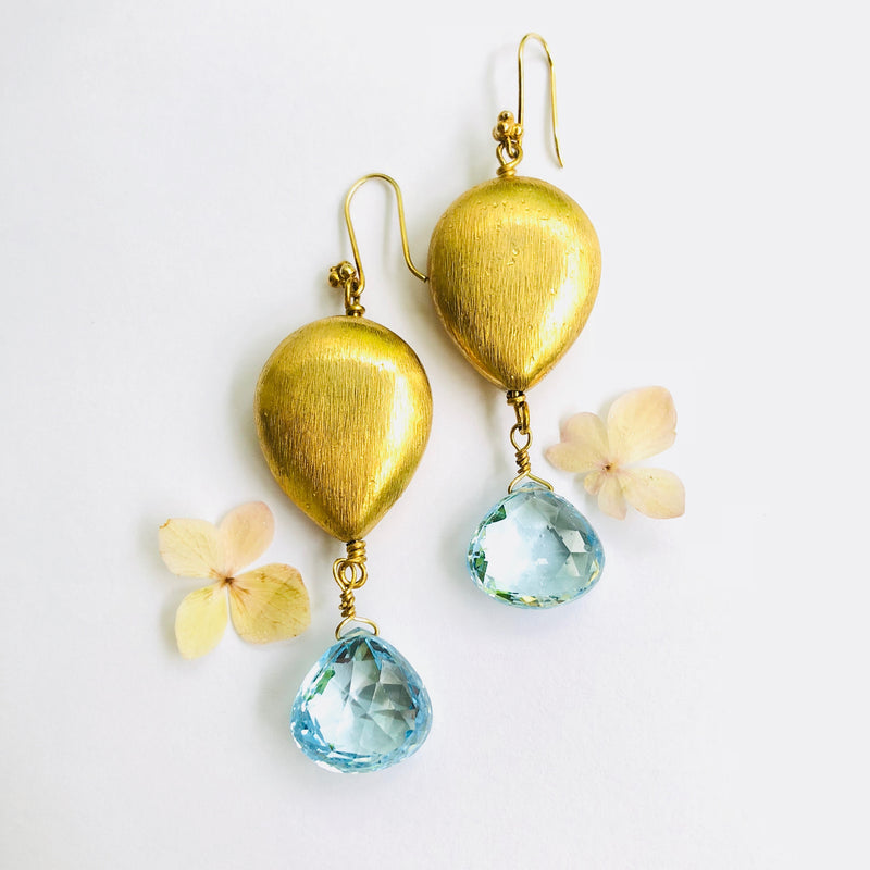 Blue Topaz Gold Nugget Drop Earring