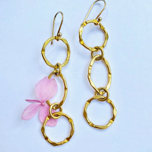 Three Link Gold Everyday Earring