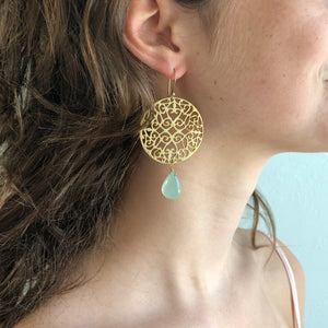 Chalcedoney Large Gold Filigree Earring