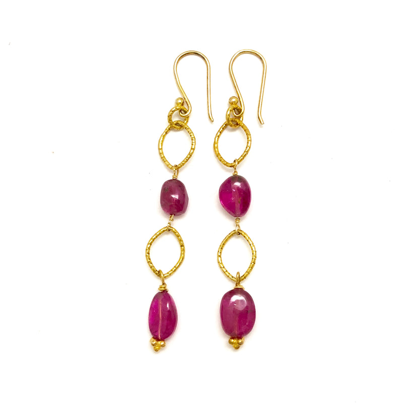 Rubylite Gold Link Chain Earring