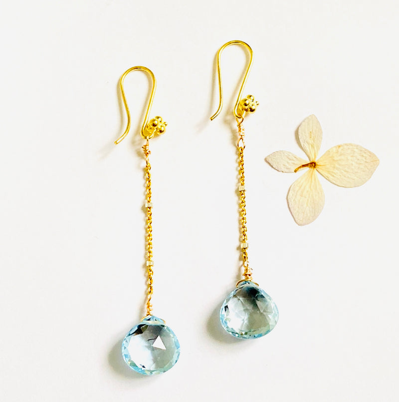 Blue Topaz Dangle Cain Earring