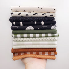 Pinecone Trail Fat Quarter Bundle