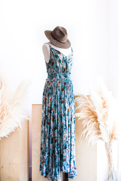 CALLA MAXI DRESS IN SKY BLUE