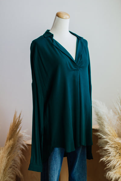 BASIC CAREER BLOUSE IN GREEN