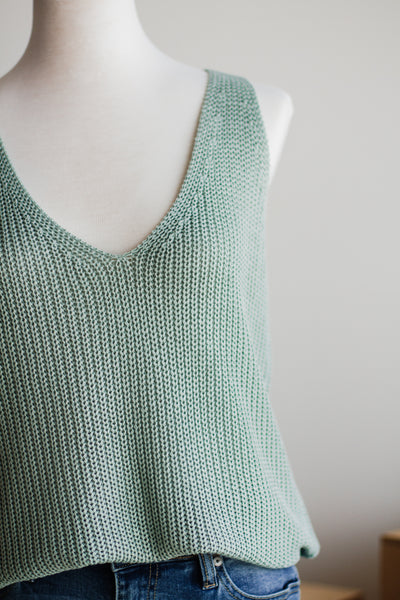 SOUTHPORT SLEEVELESS SWEATER IN SAGE