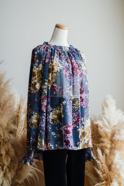 FLORA'S GARDEN TOP IN BLUE