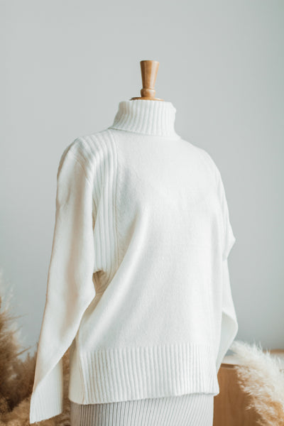 STAY WARM TURTLENECK SWEATER IN CREAM