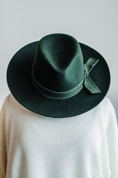 BOHO PANAMA HAT IN OLIVE