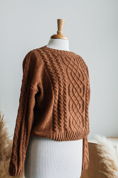 CARAMELLO RICH CABLE KNIT SWEATER