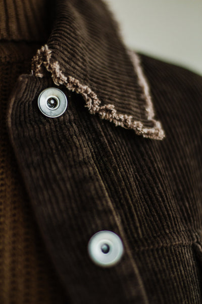 ROAD CREW CORDUROY SHIRT JACKET IN CHOCOLATE