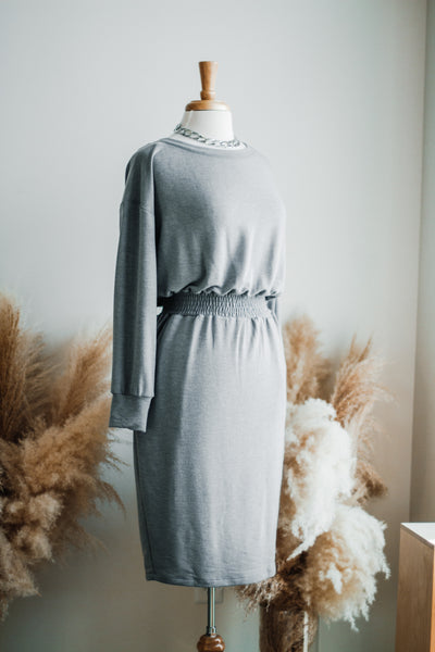 GOING MY WAY MIDI DRESS IN GREY